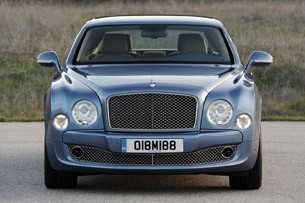 2011 Bentley Mulsanne front view
