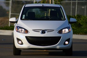 2011 Mazda2 front view