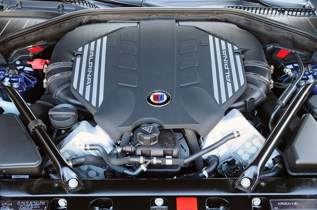 2011 BMW Alpina B7 engine