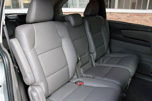 2011 Honda Odyssey rear seats