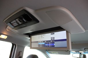 2011 Honda Odyssey rear seat television