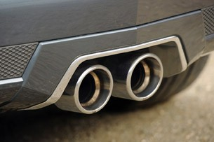 2011 Cadillac CTS-V Coupe exhaust system