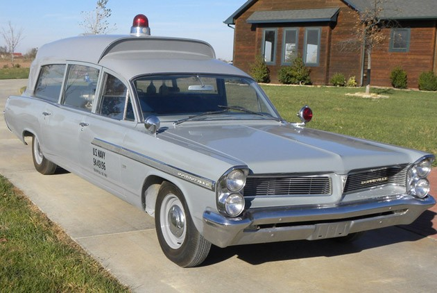 1963 Pontiac Bonneville JFK ambulance