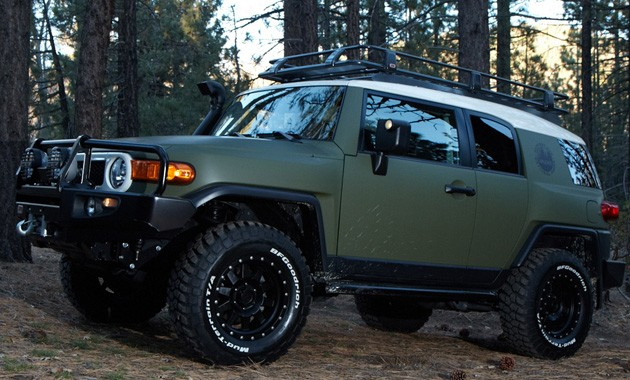 If I Get The FJ Cruiser It Will Look A Lot Like This, Only Better (FJu0027s Are  Cheaper Than The F150 Iu0027m Looking At, More Money For Mods): ...