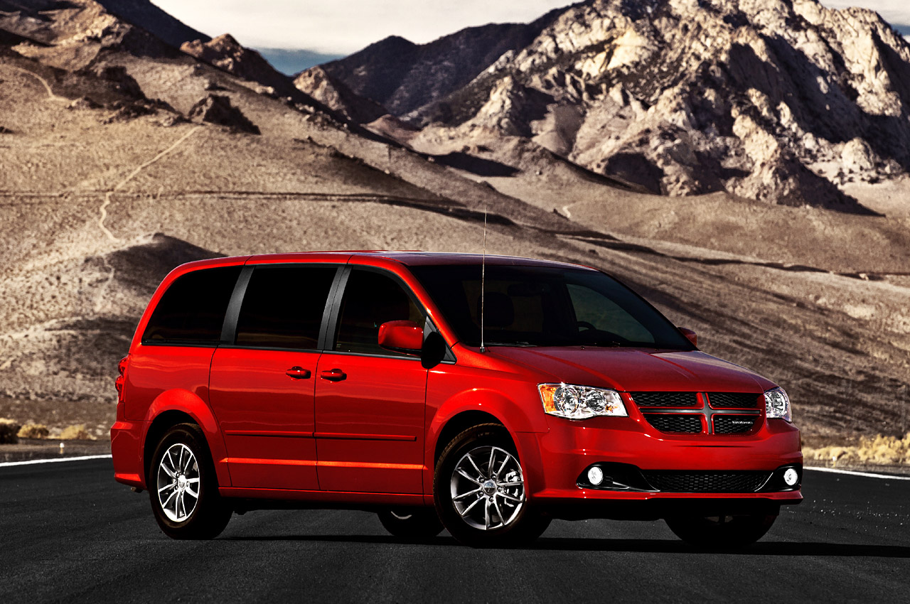 2011 dodge grand caravan r t photo gallery autoblog. Cars Review. Best American Auto & Cars Review