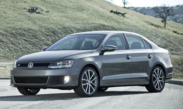 chicago 2011 volkswagen debuts turbocharged 2012 jetta gli priced from 23 495. Black Bedroom Furniture Sets. Home Design Ideas