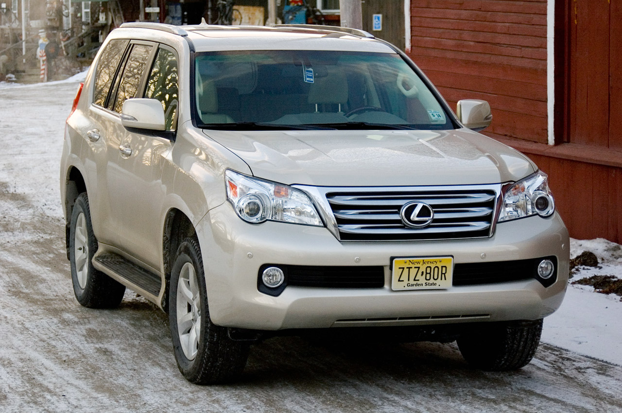 2011 lexus gx 460 review photo gallery autoblog. Black Bedroom Furniture Sets. Home Design Ideas