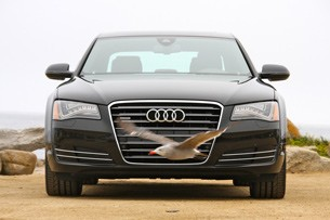 2011 Audi A8 front view