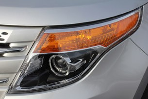 2011 Ford Explorer Limited headlight