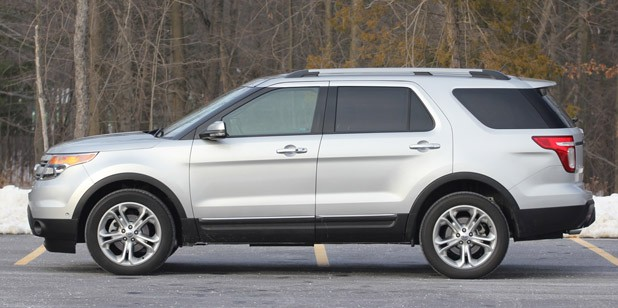 2011 Ford Explorer Limited side view