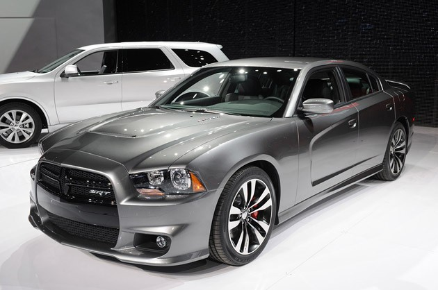 Chicago 2011: 2012 Dodge Charger SRT8 is a 465-horsepower family sedan