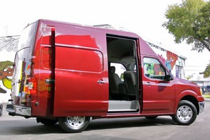 2012 Nissan NV High Roof sliding door