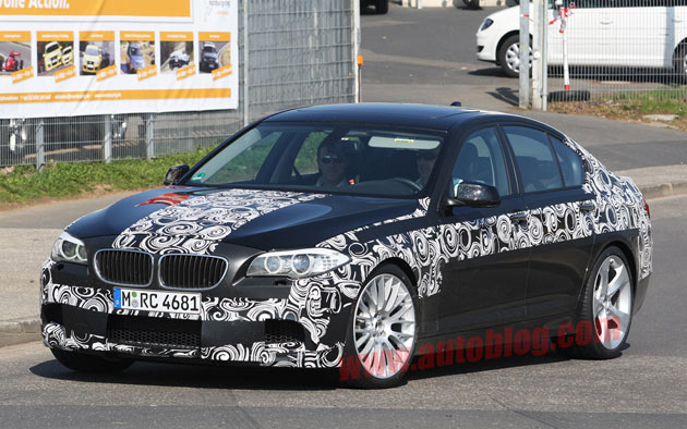 2012 BMW M5 spy shot