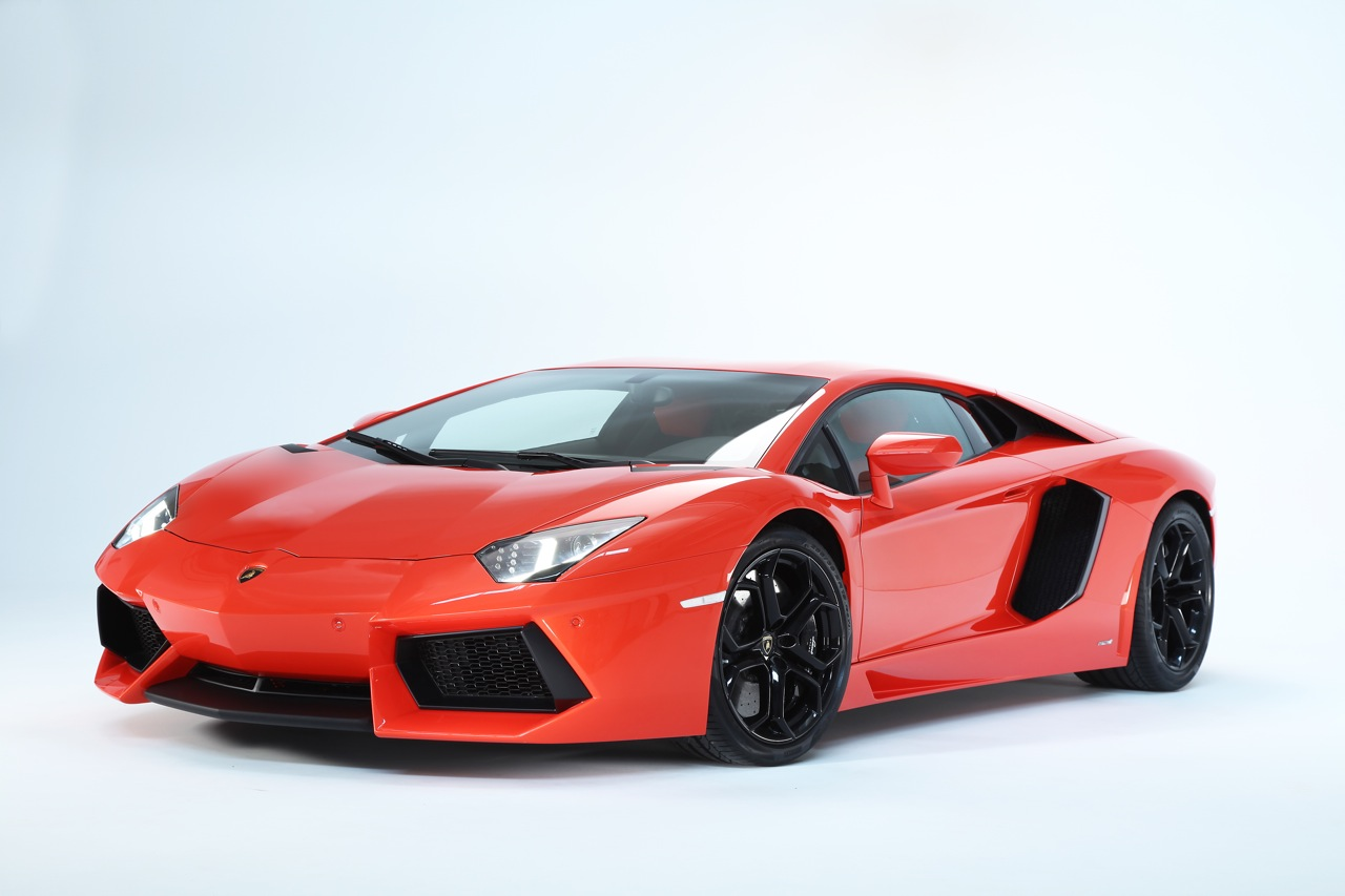 2012 lamborghini aventador lp700 4 photo gallery autoblog. Black Bedroom Furniture Sets. Home Design Ideas