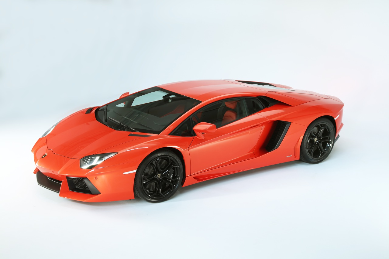 Lamborghini Aventador Lp700 4 Roadster Headed For Geneva