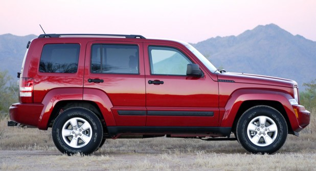 2010 Jeep Liberty Sport side view