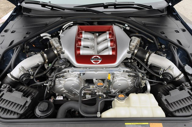 2012 Nissan GT-R engine