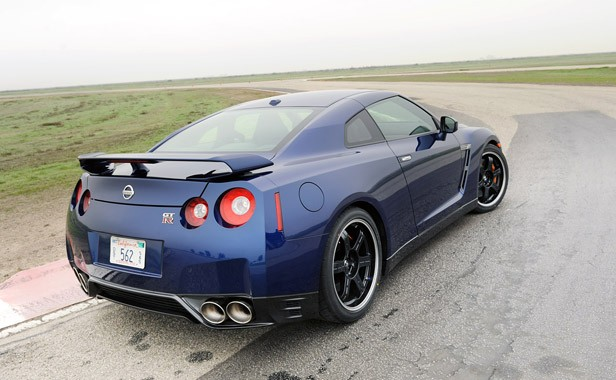 2012 Nissan GT R Rear 3/4 View ...