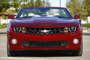 2011 Chevrolet Camaro Convertible front view