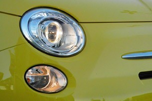 2012 Fiat 500 headlight