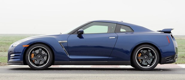 2012 Nissan GT-R side view