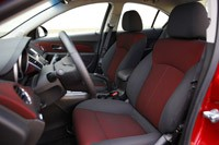 2011 Chevrolet Cruze Eco front seats