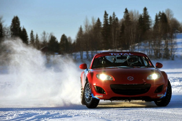 Mazda MX-5 Ice Drifting