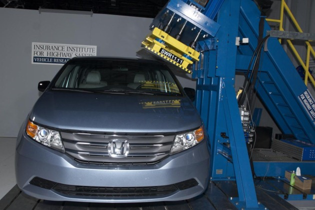 2011 Honda Odyssey IIHS roof test, Top Safety Pick