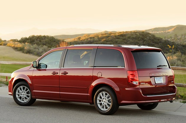 2011 dodge grand caravan reviews autoblog and new car test drive. Cars Review. Best American Auto & Cars Review