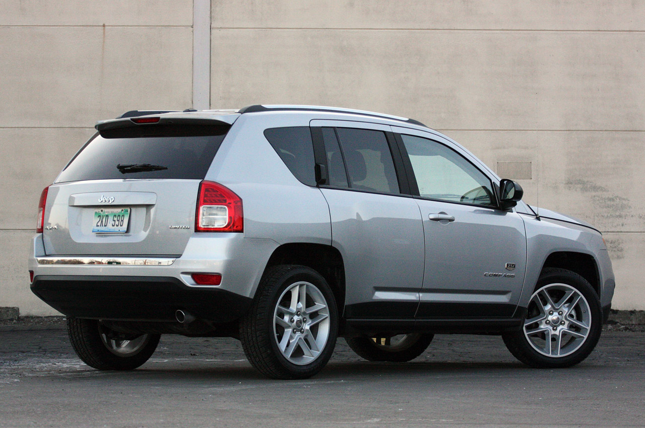 Gas Mileage For A Jeep Patriot2012 Patriot Price Photos Off Road Fuse Box 2011 Compass Review Photo Gallery Autoblog