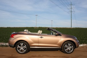 2011 Nissan Murano CrossCabriolet raising top