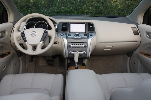 Lovely 2011 Nissan Murano CrossCabriolet Interior ...