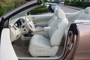 2011 Nissan Murano CrossCabriolet front seats