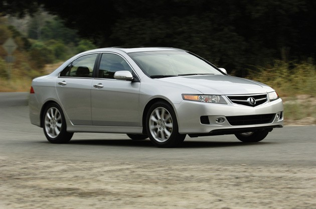 2007 Acura TSX, one of Consumer Reports best cars for teens