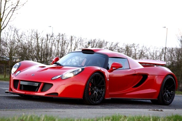 2011 hennessey venom gt in red
