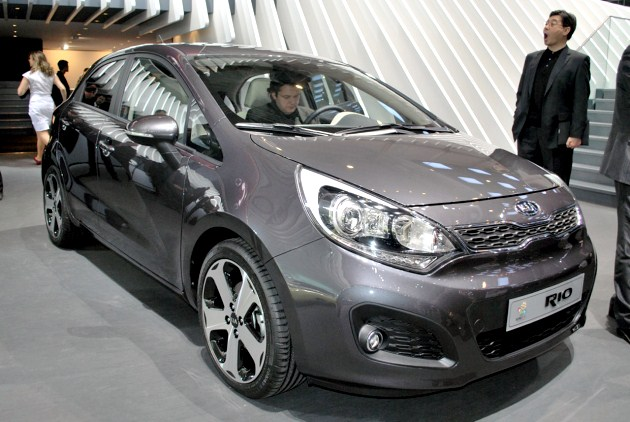 Geneva 2011: 2012 Kia Rio falls in line with the rest of its swoopy