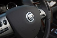 2011 Jaguar XKR Convertible steering wheel