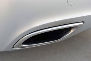 2011 Hyundai Equus Ultimate exhaust system