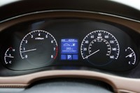 2011 Hyundai Genesis Sedan gauges
