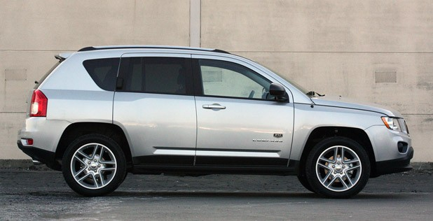 2011 Jeep Compass side view
