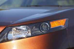 2012 Acura TL headlight