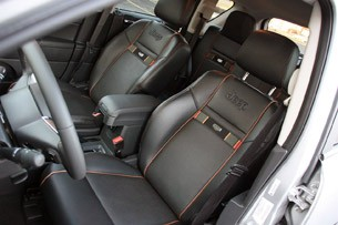 2011 Jeep Compass front seats