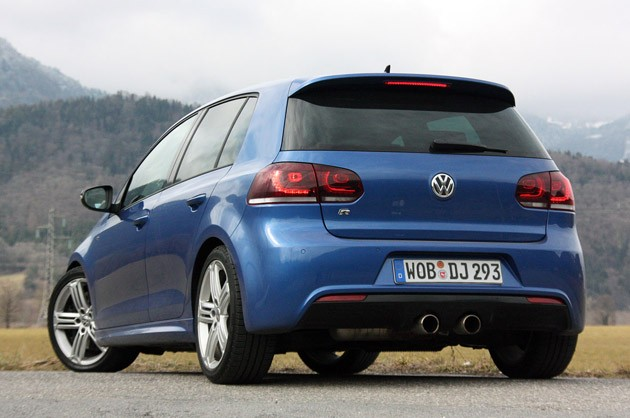 2012 Volkswagen Golf R rear 3/4 view