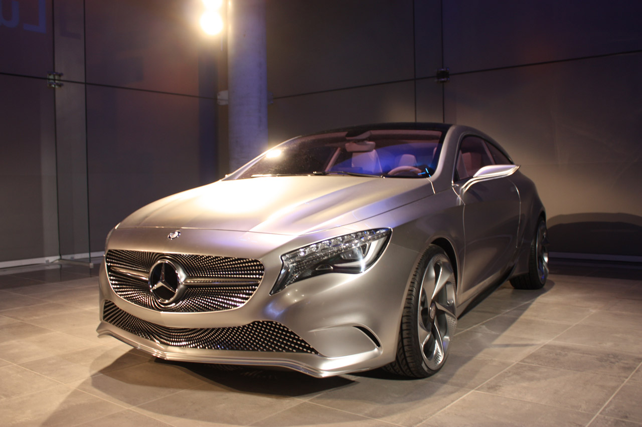 mercedes benz concept a class new york 2011 photo gallery autoblog. Black Bedroom Furniture Sets. Home Design Ideas