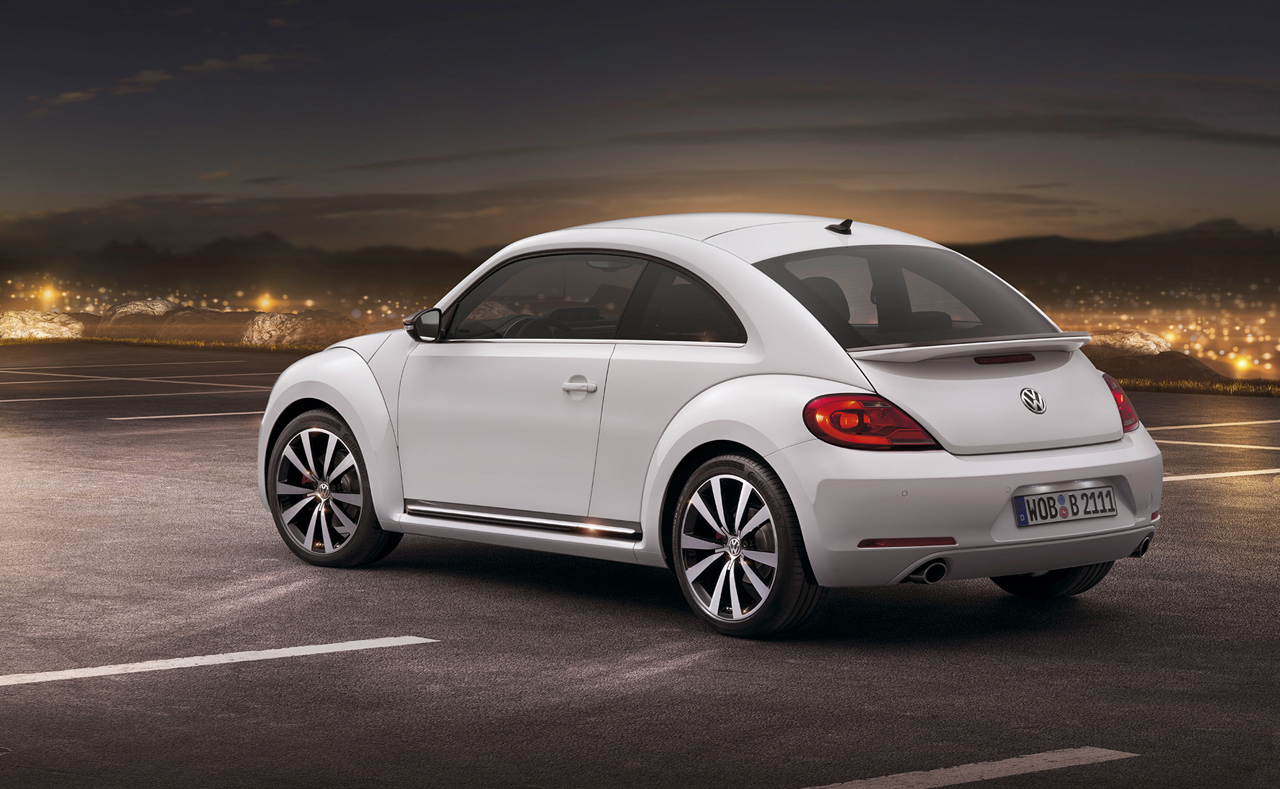 vw holds pricing steady on beetles with new 1 8t autoblog. Black Bedroom Furniture Sets. Home Design Ideas