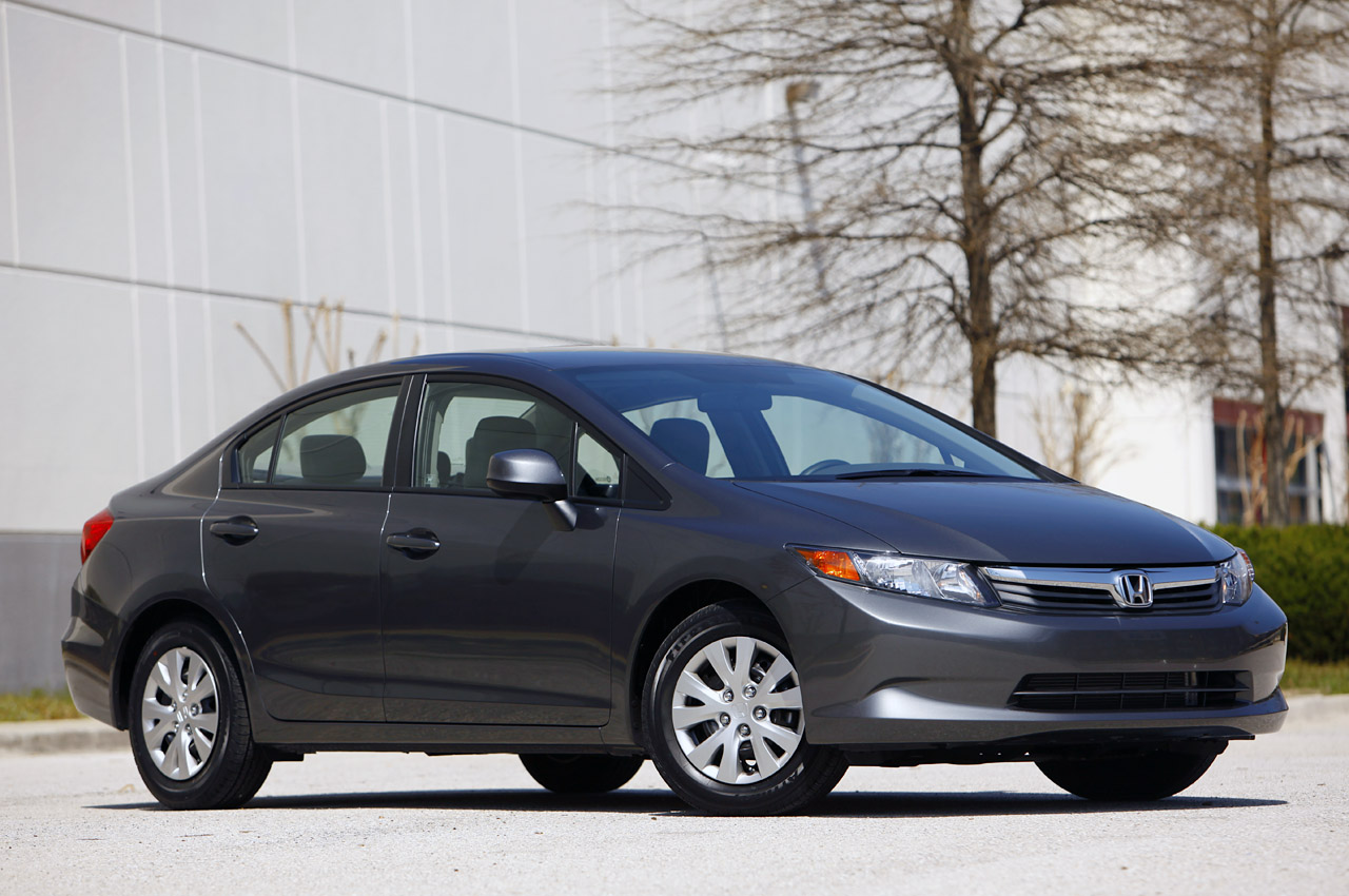 2012 honda civic recalled already over potential fuel leak. Black Bedroom Furniture Sets. Home Design Ideas