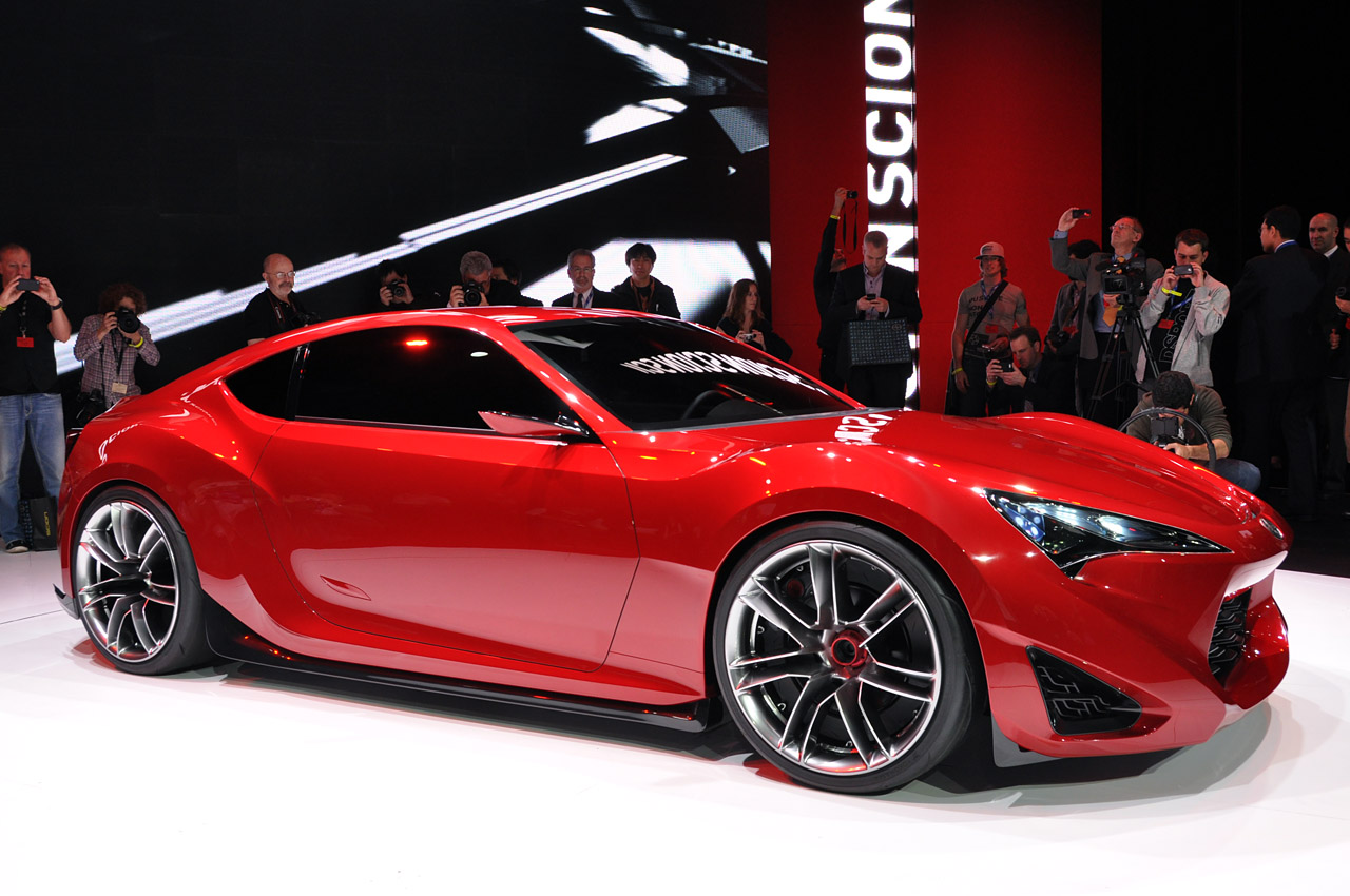 Scion FR-S designed with a rollcage in mind and other key ...