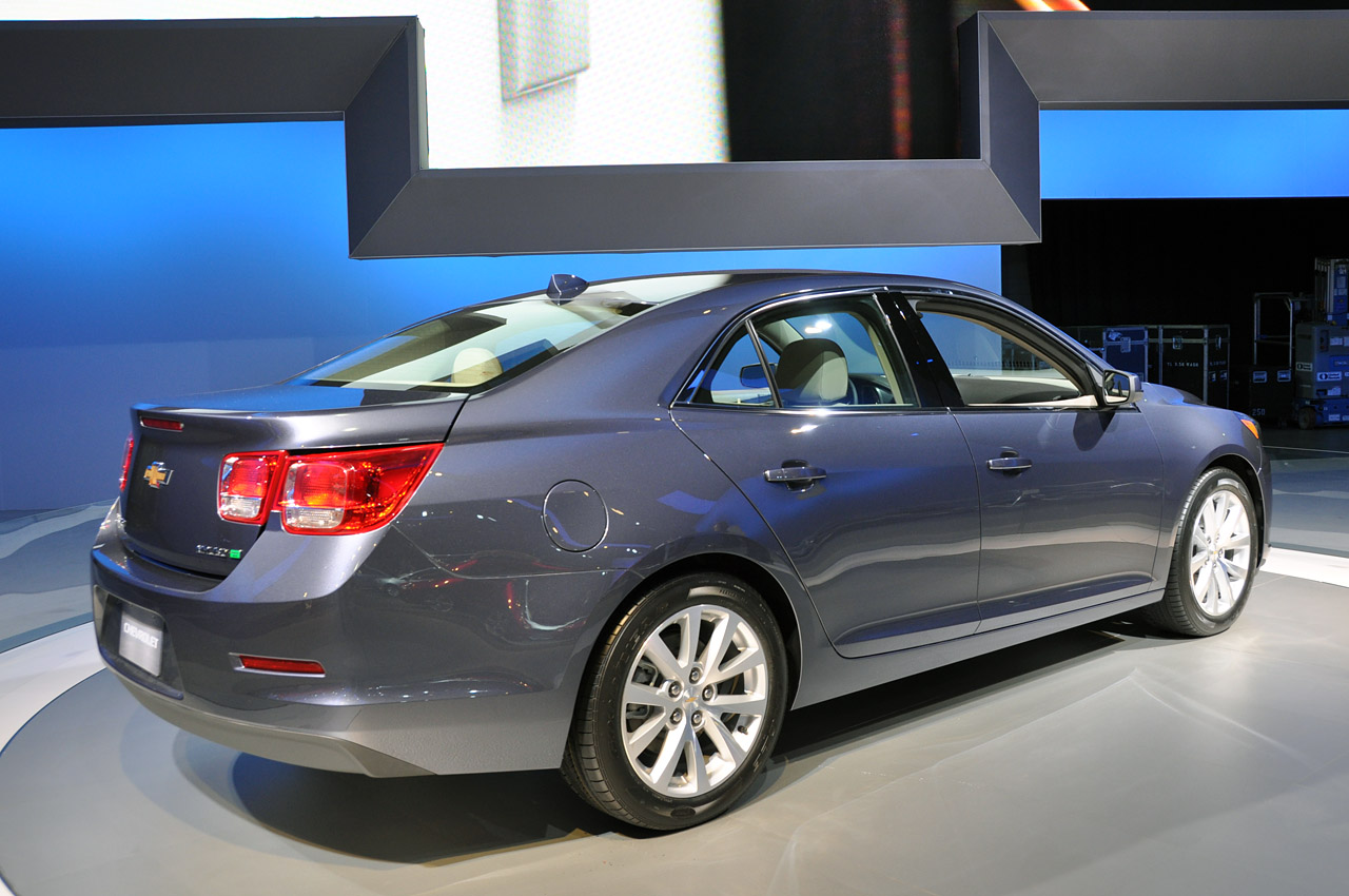 2013 chevrolet malibu eco new york 2011 photo gallery autoblog. Black Bedroom Furniture Sets. Home Design Ideas