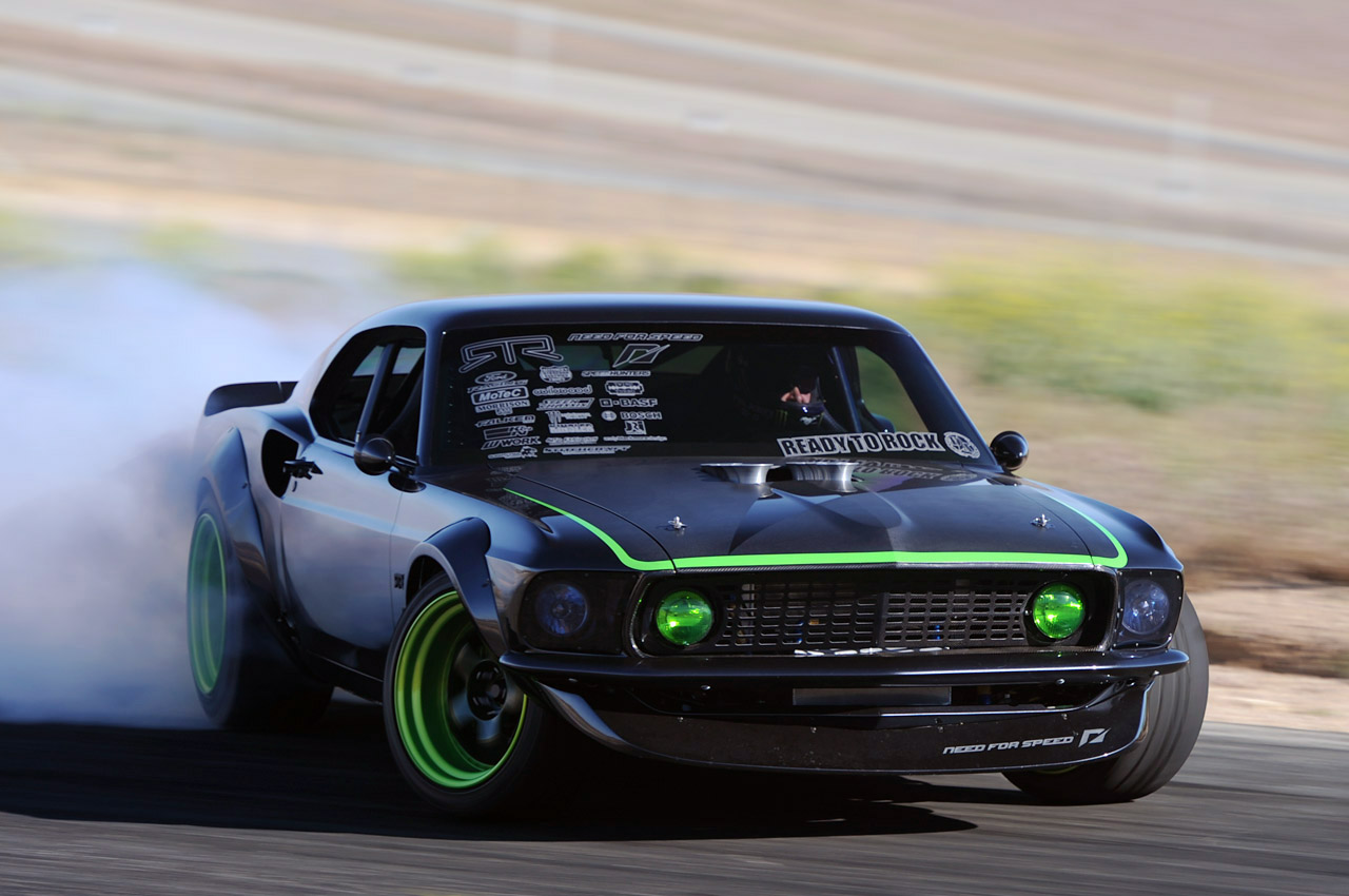 the making of vaughn gittin jr 39 s 1969 rtr x ford mustang. Black Bedroom Furniture Sets. Home Design Ideas