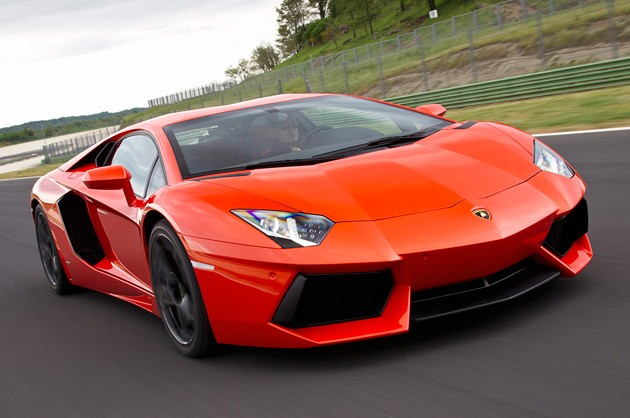 2012 Lamborghini Aventador LP700-4